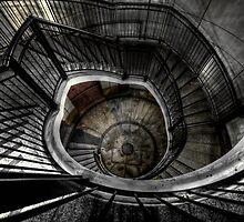 Canary Wharf Spiral by NrthLondonBoy