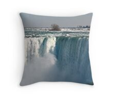 Niagara falls 11 Throw Pillow