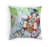 ahri hugging teemo~ Throw Pillow