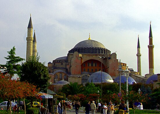 Hagia Sophia by Tom Gomez