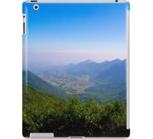 Scenic Valley View iPad Case/Skin