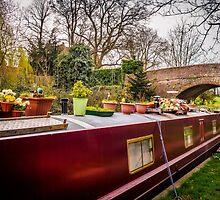 Narrowboat by mlphoto