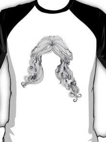 Curly hair style in black and white T-Shirt