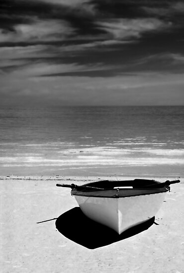 Day at the Beach - B&W. by Ryan Carter