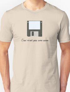 C'esi n'est pas une save. Unisex T-Shirt