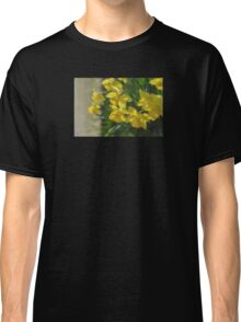 Peeking Classic T-Shirt