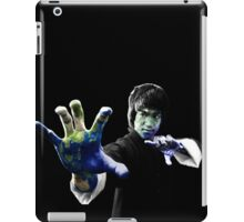"""The biggest Chinese Star in the world"" Bruce Lee Jeet Kune Do Earth Master iPad Case/Skin"