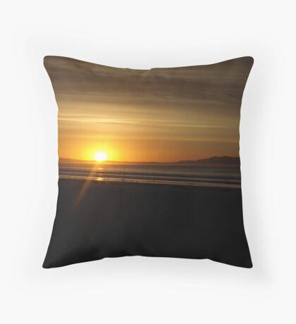 Sunrise at Waratah Bay Throw Pillow