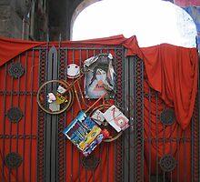 Arty Gate by knomz