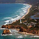Split Point Lighthouse by Peter Redmond