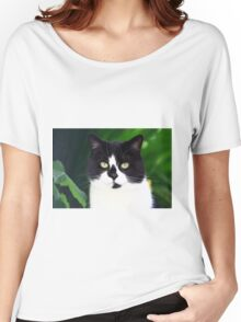 Black and white cat looking at camera Women's Relaxed Fit T-Shirt