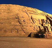 Abu Simbel by Roddy Atkinson