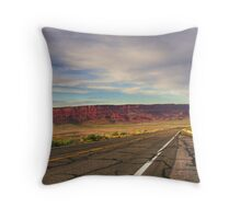 89A in N.Arizona - US Throw Pillow