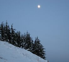 Moon on snowy mountain by knomz
