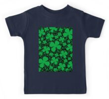 A Shamrock Field for St Patrick's Day Kids Tee