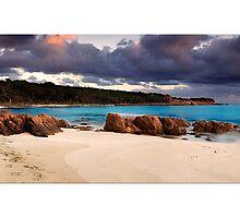 Castle Rock Bay by Kirk  Hille