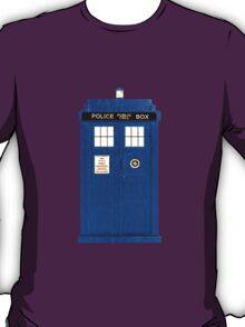 TARDIS Plain & Simple (Leggings & Duvet Cover) T-Shirt