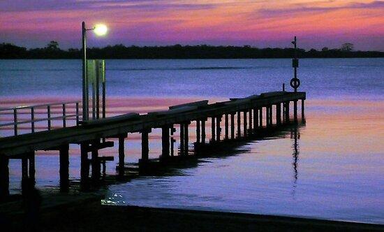 Sunset at Lake King, Metung by Roz McQuillan