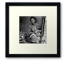 Dorothea Lange, Migrant mother (alternative), Nipomo, California, 1936 2 Framed Print
