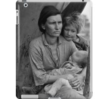 Dorothea Lange, Migrant mother (alternative), Nipomo, California, 1936 iPad Case/Skin