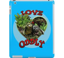 LOVE ODDLY (blue) iPad Case/Skin