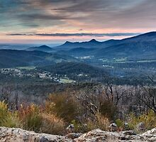Panorama from Keppels lookout, April 2011 by Vicki Moritz