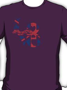 Feel the love... T-Shirt