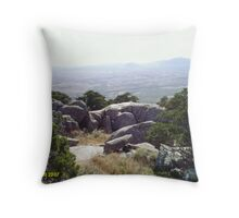 mount scott Throw Pillow