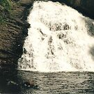No Name Falls in Minnessota by RealPainter