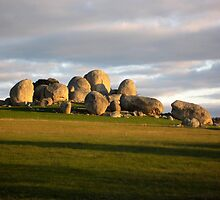 Boulders by alimc05
