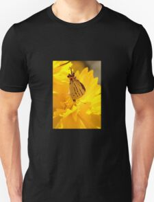Imperial Blue on Yellow Daisy Unisex T-Shirt
