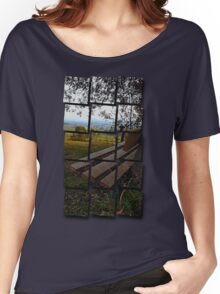 Bench with nature and scenery | landscape photography Women's Relaxed Fit T-Shirt