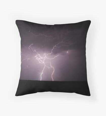 Lightning electrical discharge Throw Pillow