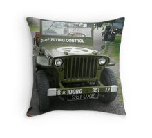 """USAAF Jeep """"Flying Control""""  Throw Pillow"""