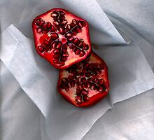 Pomegranate 2 by Kirsten Spry