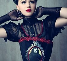 Viktoria Modesta - Dark Doll by phantomorchid