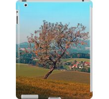 Tree on indian summer afternoon | landscape photography iPad Case/Skin