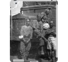 Old Photo found in Messina - Italian Soldiers - North Africa iPad Case/Skin