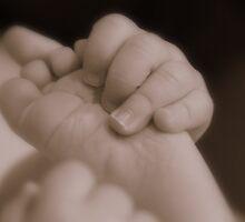 little grabber! by Justine Devereux-Old