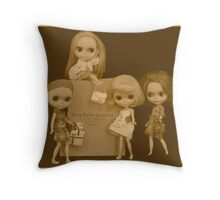 blythes and the city (sepia version) Throw Pillow