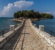 Stone bridge in Greece by yiannismantas