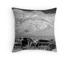 deserts of the west #10 Throw Pillow