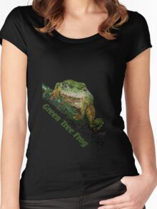 Green Tree Frog Women's Fitted Scoop T-Shirt