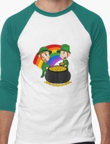 Cartoon leprechauns with pot of gold Men's Baseball ¾ T-Shirt