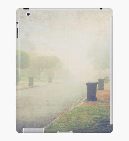 Bin day in Suburbia in colour iPad Case/Skin