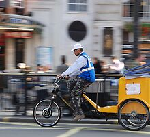 Trishaw in London by mojgan
