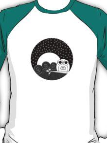 Whoot Owl - Circle Design T-Shirt