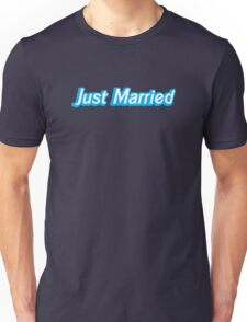 Just married in blue Unisex T-Shirt