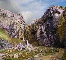Gordale Scar Panorama by eddiej