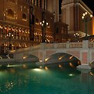 Bridge to Venice hotel in Las Vegas by Meeli Sonn